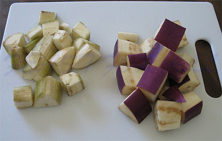 how to cut eggplant for curry