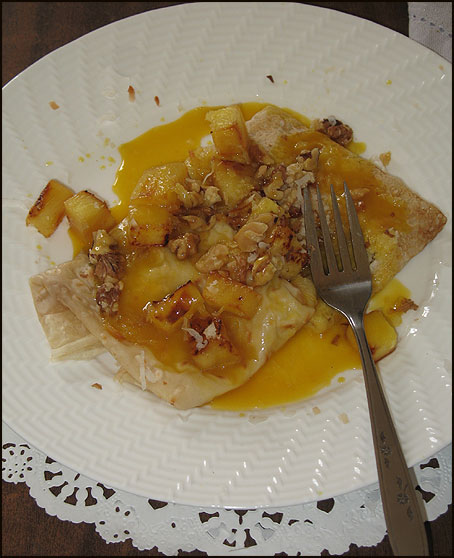 pineappleCrepe_large